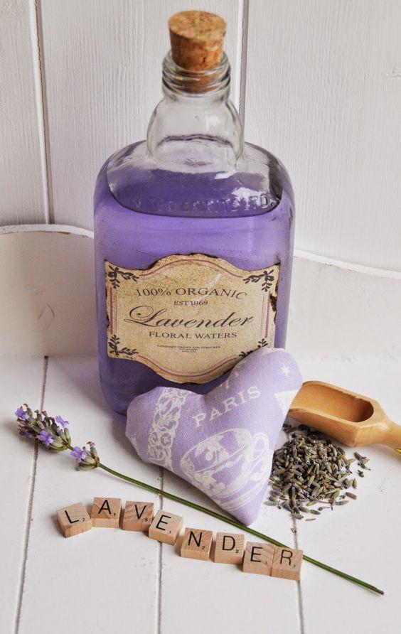 bottiglia lavanda.jpg